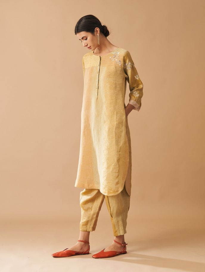 Kaya Embroidered Metallic Kurta