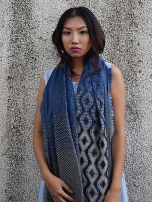 Vaani Hand-Woven Scarf with Distressed Geometric Pattern